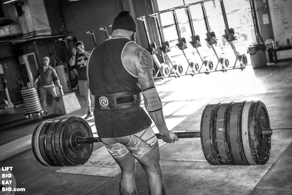 Round back deadlifts